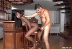 Tesuda brasileira mulata com tesão