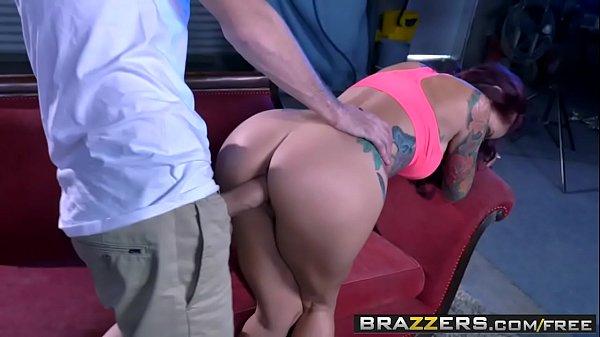 Porno doido do red tube com ruiva gostosa dando o cuzinho