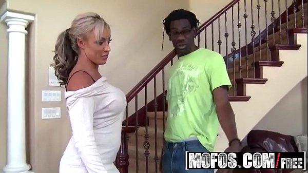 Porn.com Beeg Grátis - (Carmen Jay) - Milfs Like bbcs - MOFOS