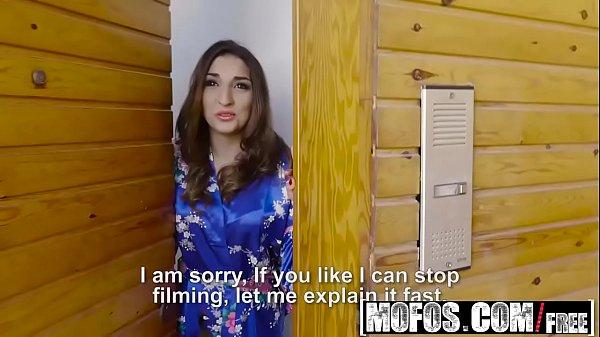 Vedios PORNO - Latina Sex Tapes - Spanish Babe Seduces Salesman starring  Juan Lucho and Jimena Lago