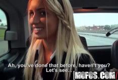 Vídeo beeg Mofos – Stranded Teens – (Dominica Phoenix, Jessi Gold) – Schoolgirl Threesome