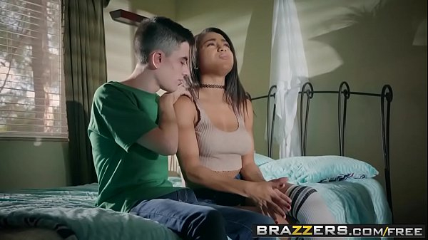 Brazzers - Teens Like It Big -  The Listener scene starring Nicole Bexley
