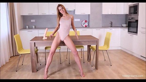 Vidio porno bergerak